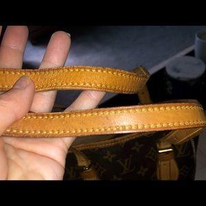 Louis Vuitton Bags - 💯Authentic LOUIS VUITTON BUCKET BAG monogram ❤️